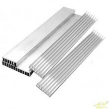 Disipador de calor aluminio 30x4x0,8 cm